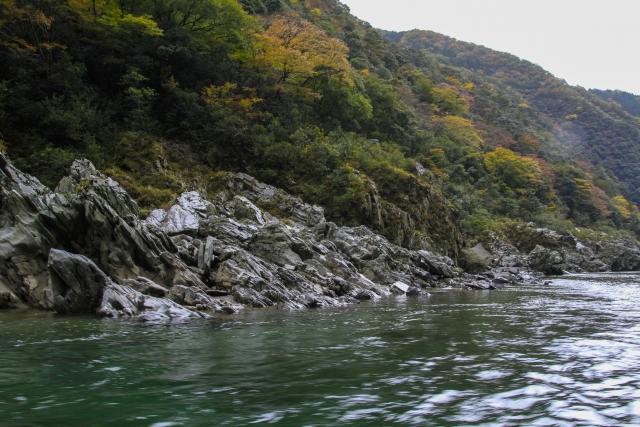 安全にカヤックに乗って事故を防ごう!吉野川の事故から学ぶ