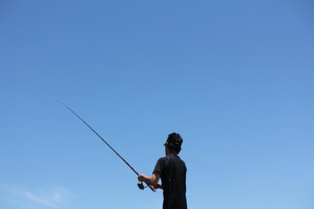 カヤックで釣りを行う「カヤックフィッシング」は危険なのか