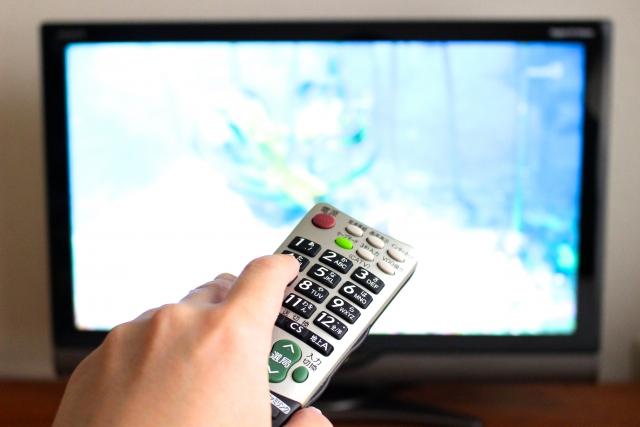 快適なキャンピングカーライフのためにテレビを設置しよう!