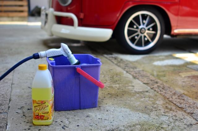 キャンピングカーを洗車するときの洗剤は普通の車と同じ?