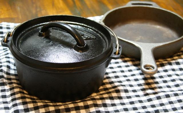コールマンのダッチオーブンのお手入れの仕方をご紹介!