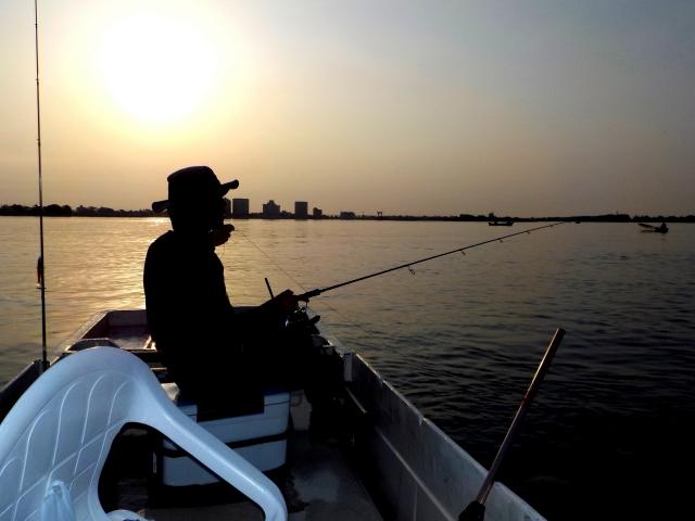 人気ブランドモンベル!釣りをする人におすすめのグローブ!