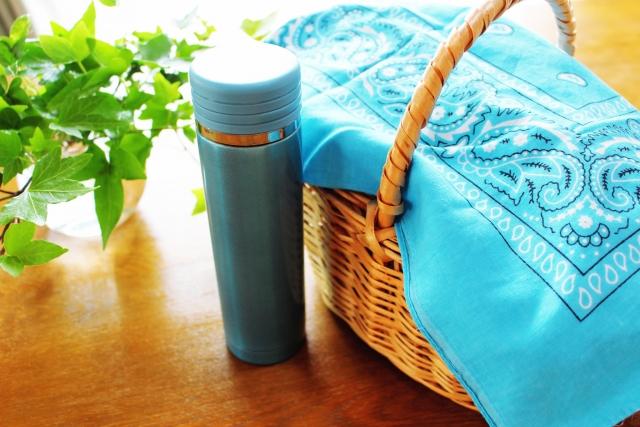 サーモスの水筒ケースを自分好みの生地で手作りしてみよう!