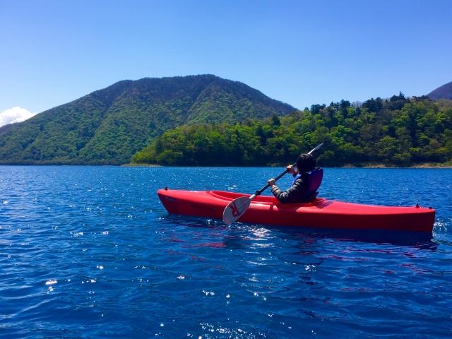 カヤック釣りの魅力や道具についてブログから学ぼう