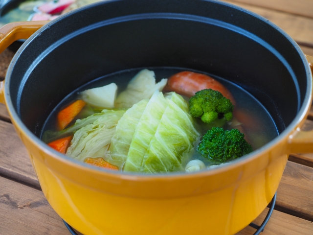 寒い冬でもバーベキューを楽しもう!温かい鍋がおすすめ!