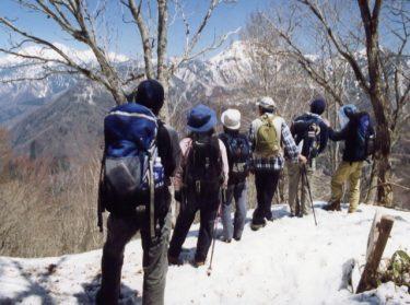 ハイキングは冬でも楽しめる!冬に適した服装をご紹介