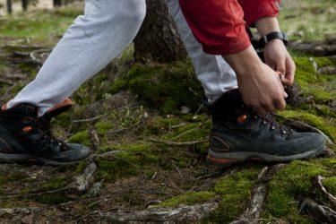 ハイキングに行くときに履く専用の靴は初心者に必要なの?